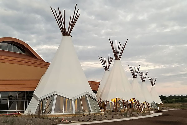 Shakopee Mdewakanton Sioux Community Cultural Center