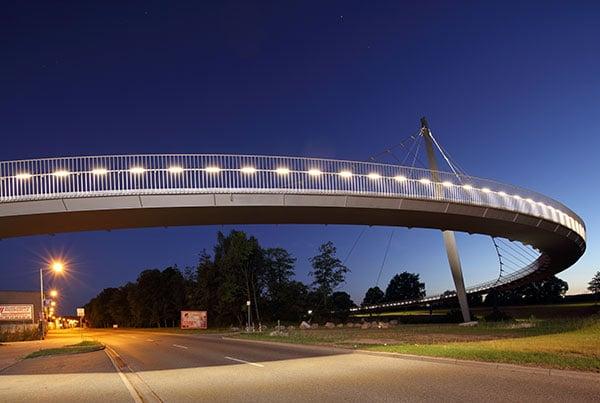 Die Schlange Pedestrian Bridge