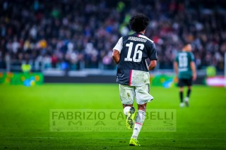 #16 Juan Cuadrado (Juventus) SERIE A TIM 2019/2020 ---------------------------------------------------------------- Immagini ad uso editoriale • Servizio Agenzie Stampa • Contattateci per informazioni Images for editorial use • Press Agency Service • DM for any information Fabrizio Carabelli © All Rights Reserved -------------------------------------------------------------- FABRIZIO CARABELLI IMAGES #FCI www.fabriziocarabelli.com