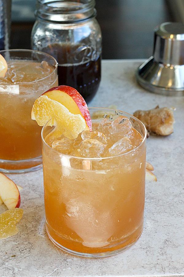 Apple Ginger Smash | Fabtastic Eats