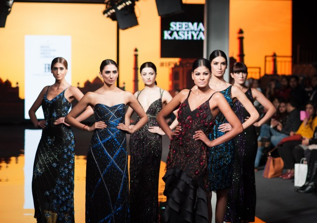 Models In The Front Row Designs By Seema Kashyap (9)