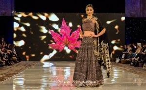 Sonia Mahajan Catwalk Show At Pakistan Fashion Week London 2017 (12)