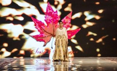 Sonia Mahajan Catwalk Show At Pakistan Fashion Week London 2017 (13)
