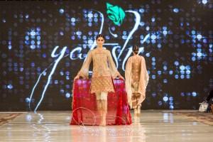 Yatashi Catwalk Show At Pakistan Fashion Week 2017 (27)
