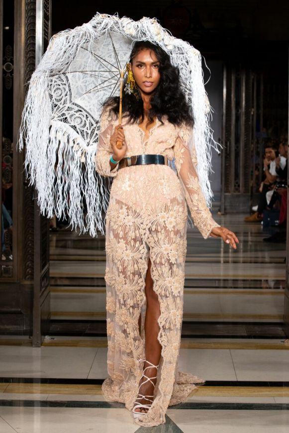 Ashley isham ss19 london fashion week (10)