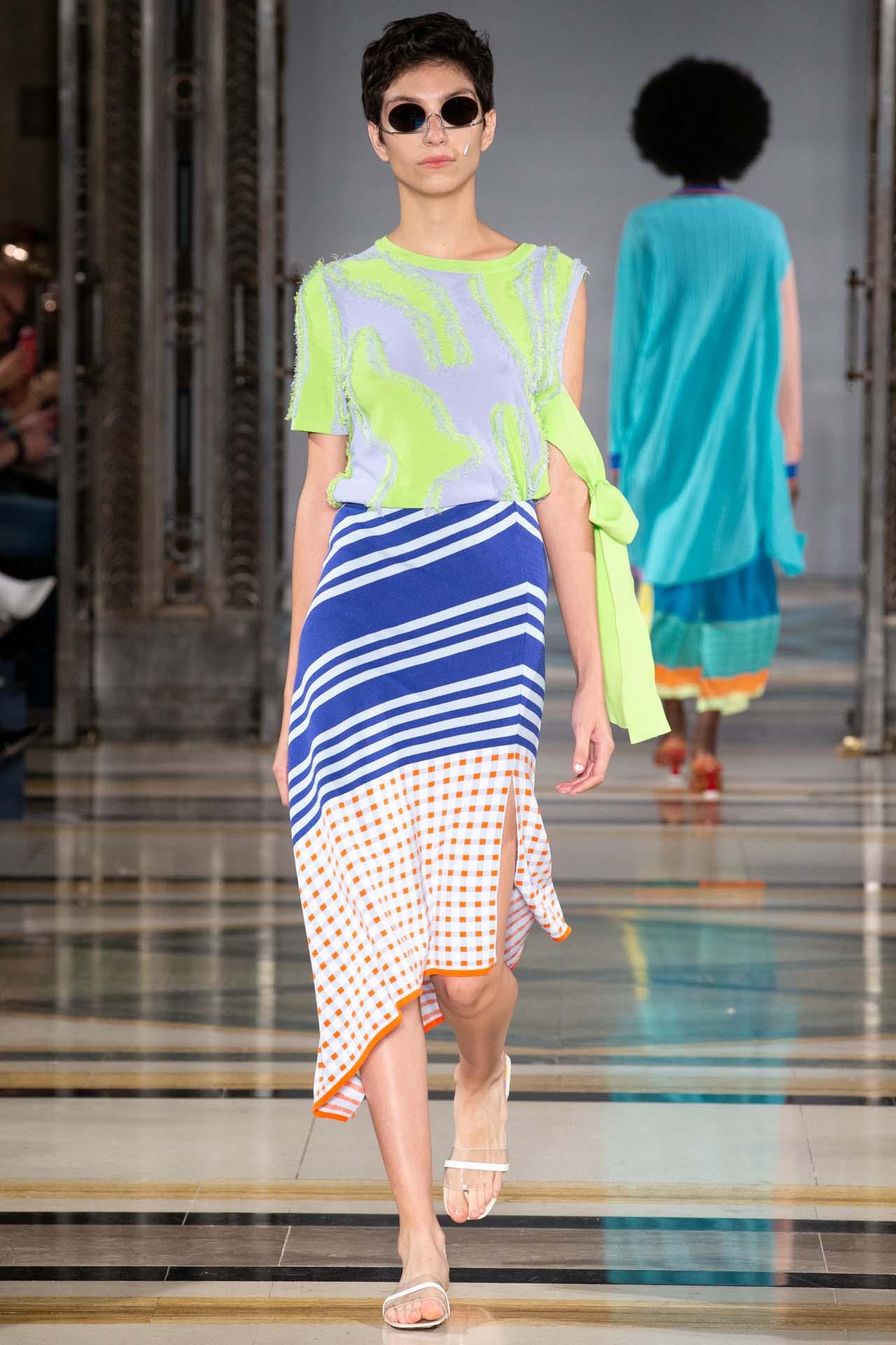 Fashion scout merit award winner i am chen (16)