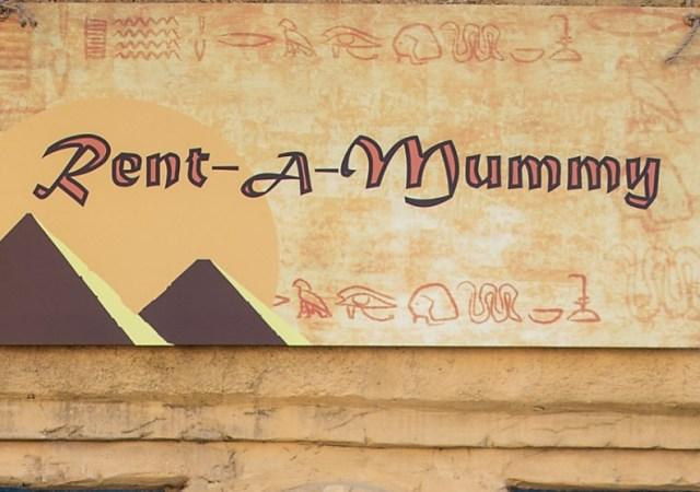 Mummy service on halloween