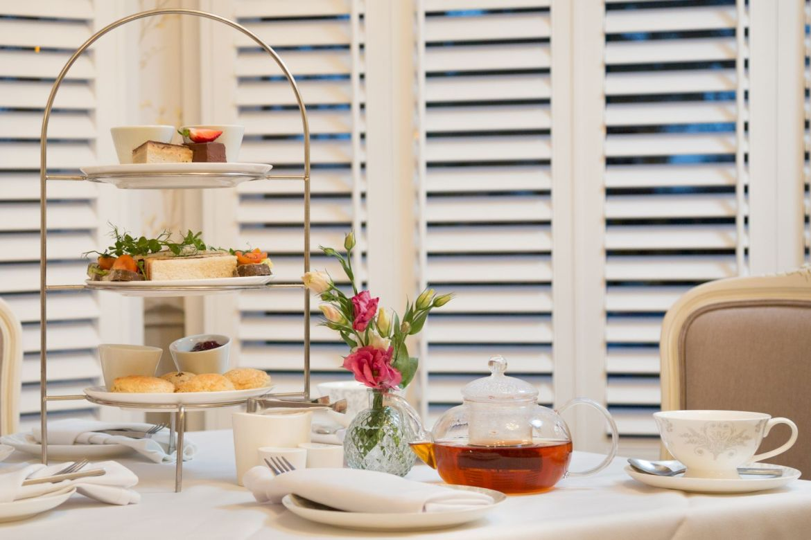 Vegan afternoon tea at laura ashley the tea room (small)