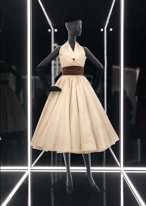 Christian dior exhibition 2019 uk (2)