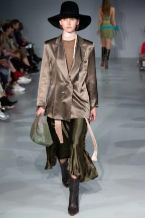 Wear polish ss20 fashion show (7)