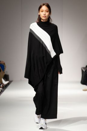 Apujan aw20 show during london fashion week (10)