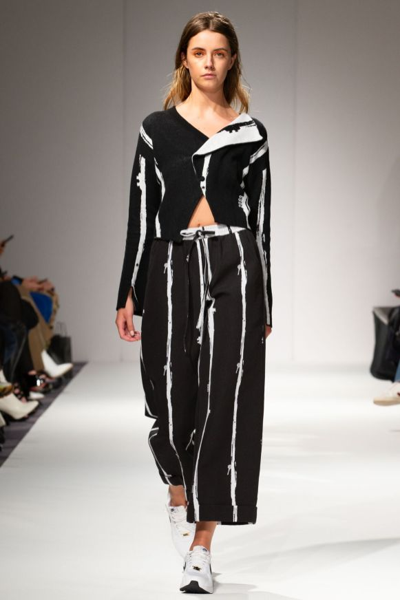 Apujan aw20 show during london fashion week (5)