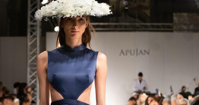 Apujan aw20 show during london fashion week