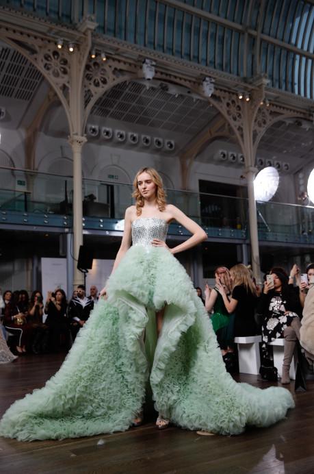 Atelier zuhra x royal opera house london fashion week (4)