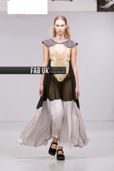 Louis de gama aw20 during london fashion week (2)