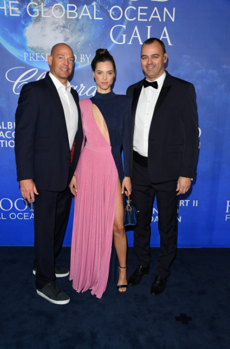 Uma thurman, sharon stone, and more attend 2020 hollywood for the global ocean gala (24)