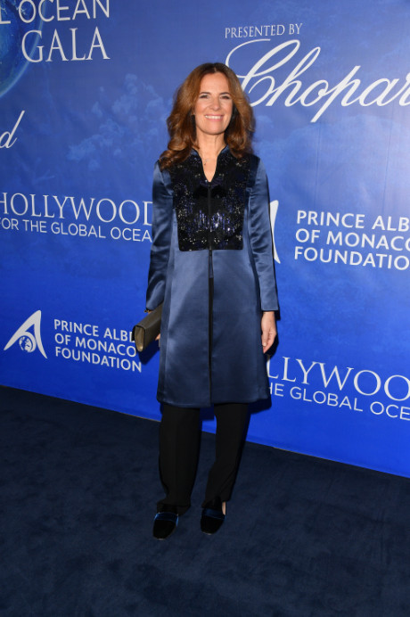 Uma thurman, sharon stone, and more attend 2020 hollywood for the global ocean gala (7)