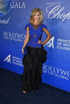 Uma thurman, sharon stone, and more attend 2020 hollywood for the global ocean gala (9)