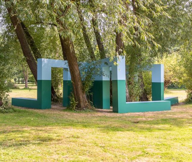 Krijn de koning presents new sculpture