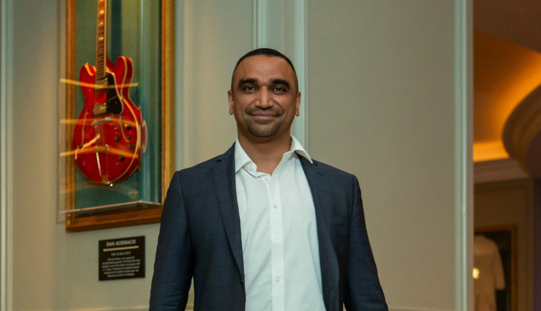 Omar mansoor ss21 presentation during london fashion week