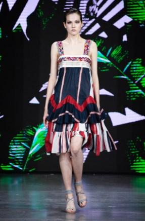 Julia dalakian designed by julia dalakian show at mercedes benz fashion week russia (7)