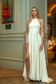 Louise rose couture debuts ss21 collection 'ethereal dreams', during london fashion week (7)