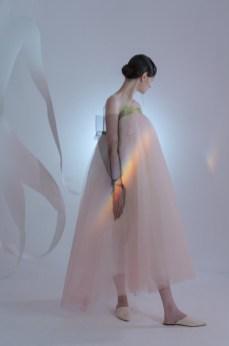 Ónoma by sandra gutsati and inna bodrova show at mercedes benz fashion week russia (5)