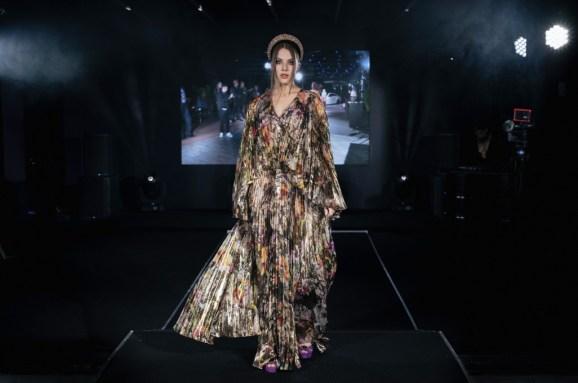 Tsiganova & konyukhov art designed by viktoria tsiganova at mercedes benz fashion week russia (15)