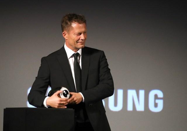 """""""gott, du kannst ein arsch sein"""" premiere 16th zurich film festival"""