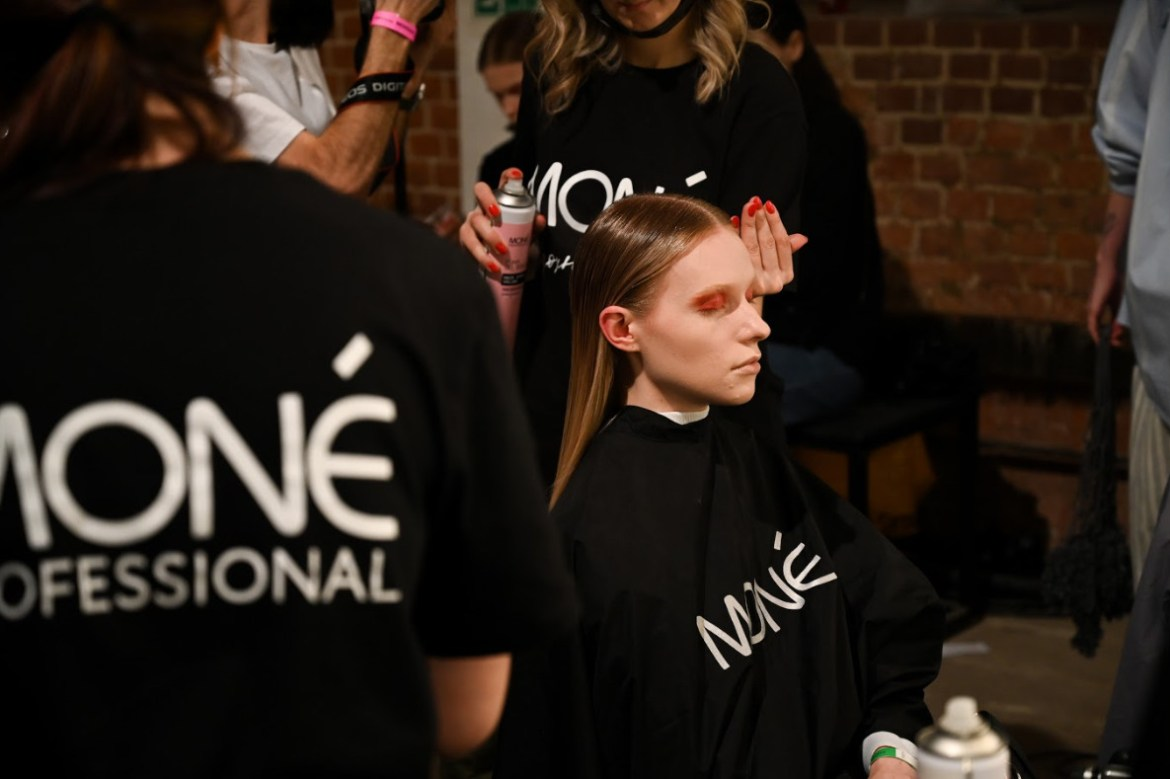 Mercedes benz fashion week russia has finished in moscow (4)