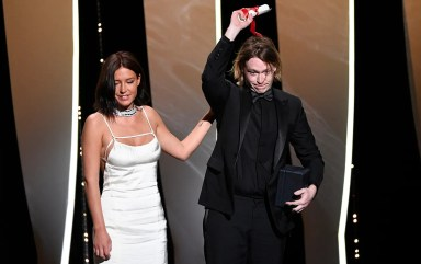 Adèle exarchopoulos and caleb landry jones nitram, award for best actor image credi christophe simon afp