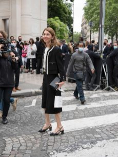 Chanel fall winter 202122 haute couture streetstyle (2)