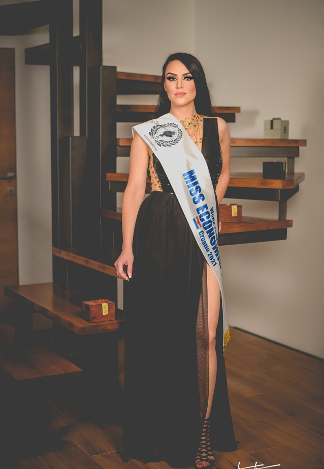 Nikolina milak from croatia won our hearts with her beauty and talent (2)