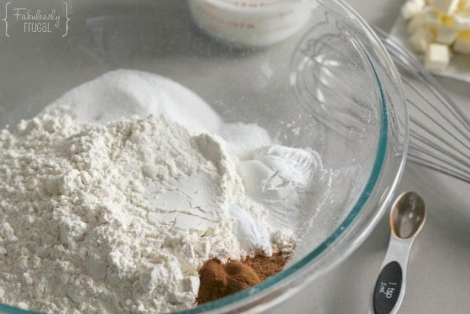 Ingredients for pumpkin biscuits