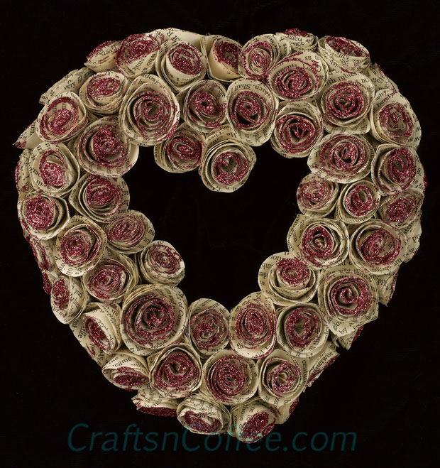 DIY paper heart valentine wreath