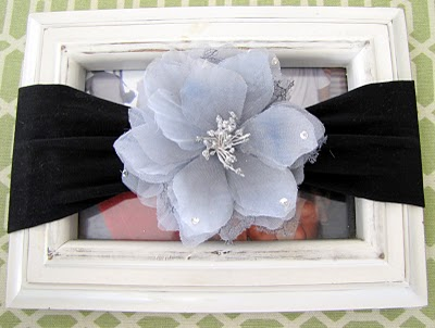 DIY baby headband with flowers