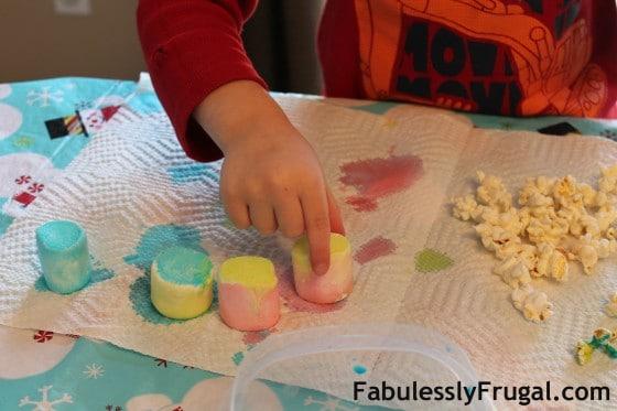 Food Painting Marshmallows