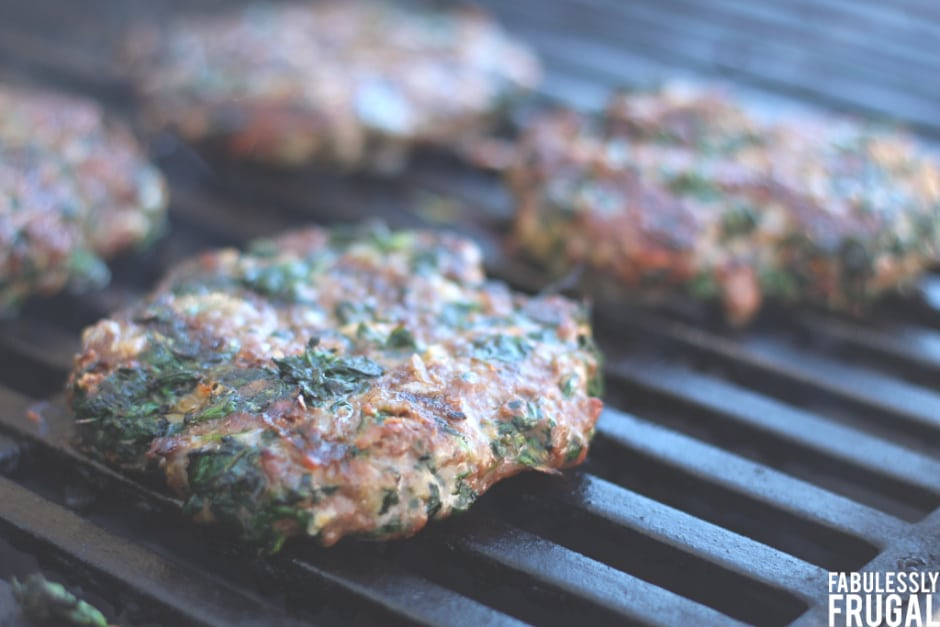 grilled cheesy spinach burgers