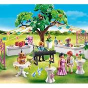 Walmart: Playmobil Wedding Reception $16.99 (Reg. $22.38)