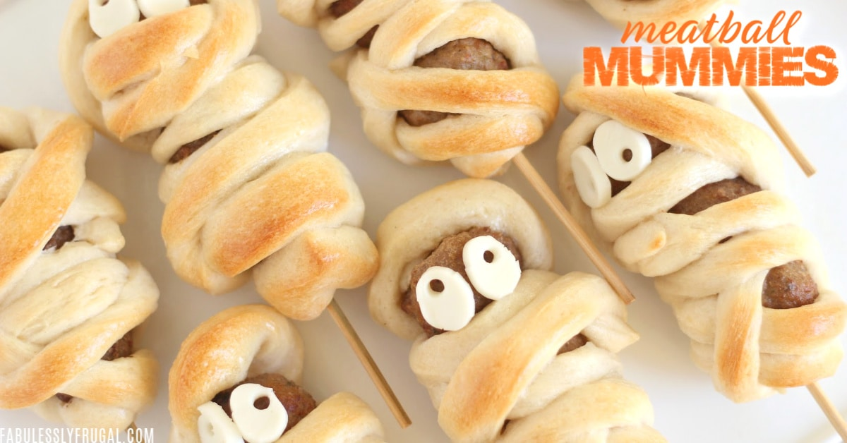 Easy Halloween dinner party - Meatball Mummies recipe