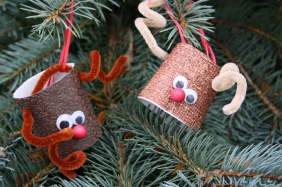 Toilet roll reindeer ornaments
