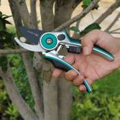 Amazon: 8 Inch Heavy Duty Garden Pruning Shears With Gardening Gloves $12.99...