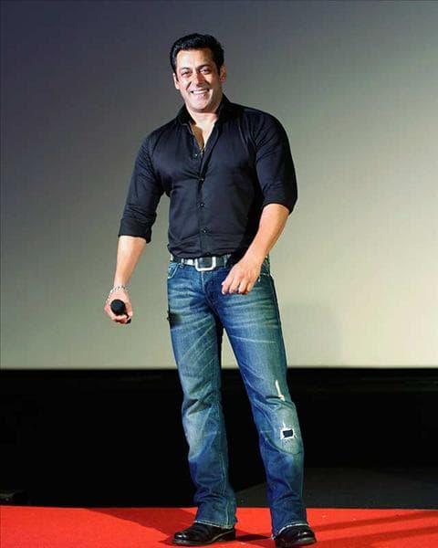 kurta-or-shirt-with-jeans-3