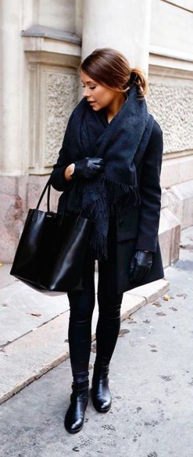 give-fur-an-all-black-look