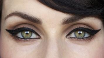 Cat Eyeliner Look | Fabulous Flow Of Fashion