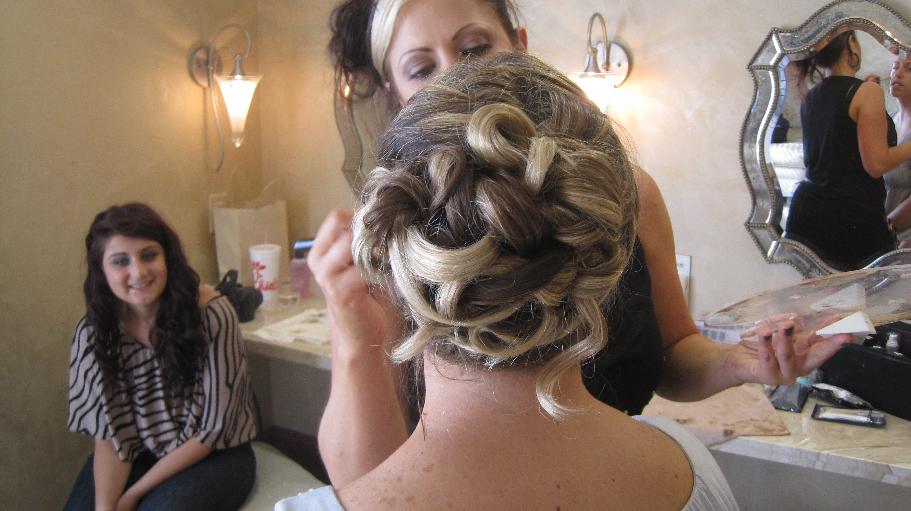 diane kingsbeck finding the right bridal hair stylist finding the perfect bridal hair