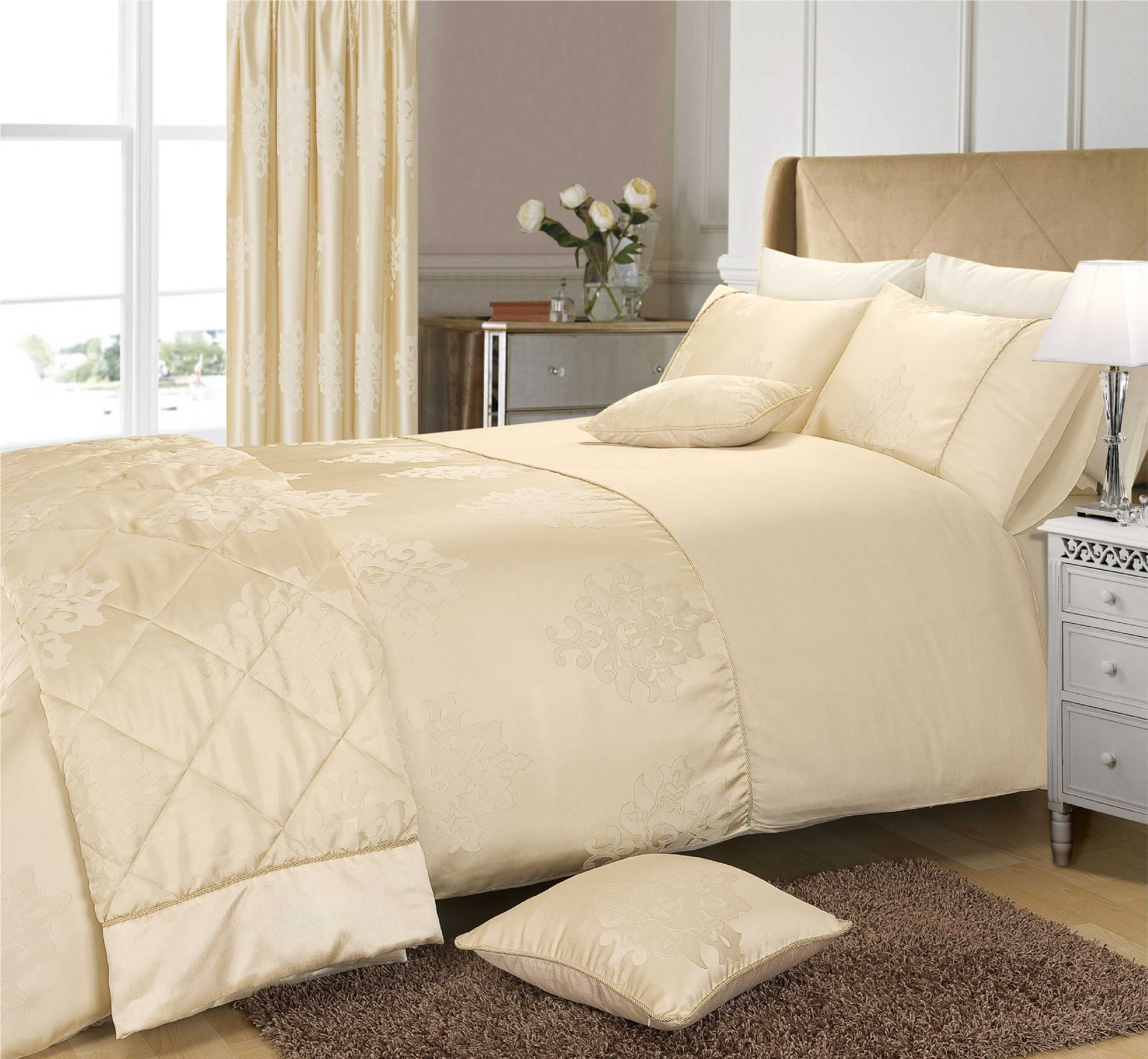 Cream Colour Stylish Floral Jacquard Damask Duvet Cover