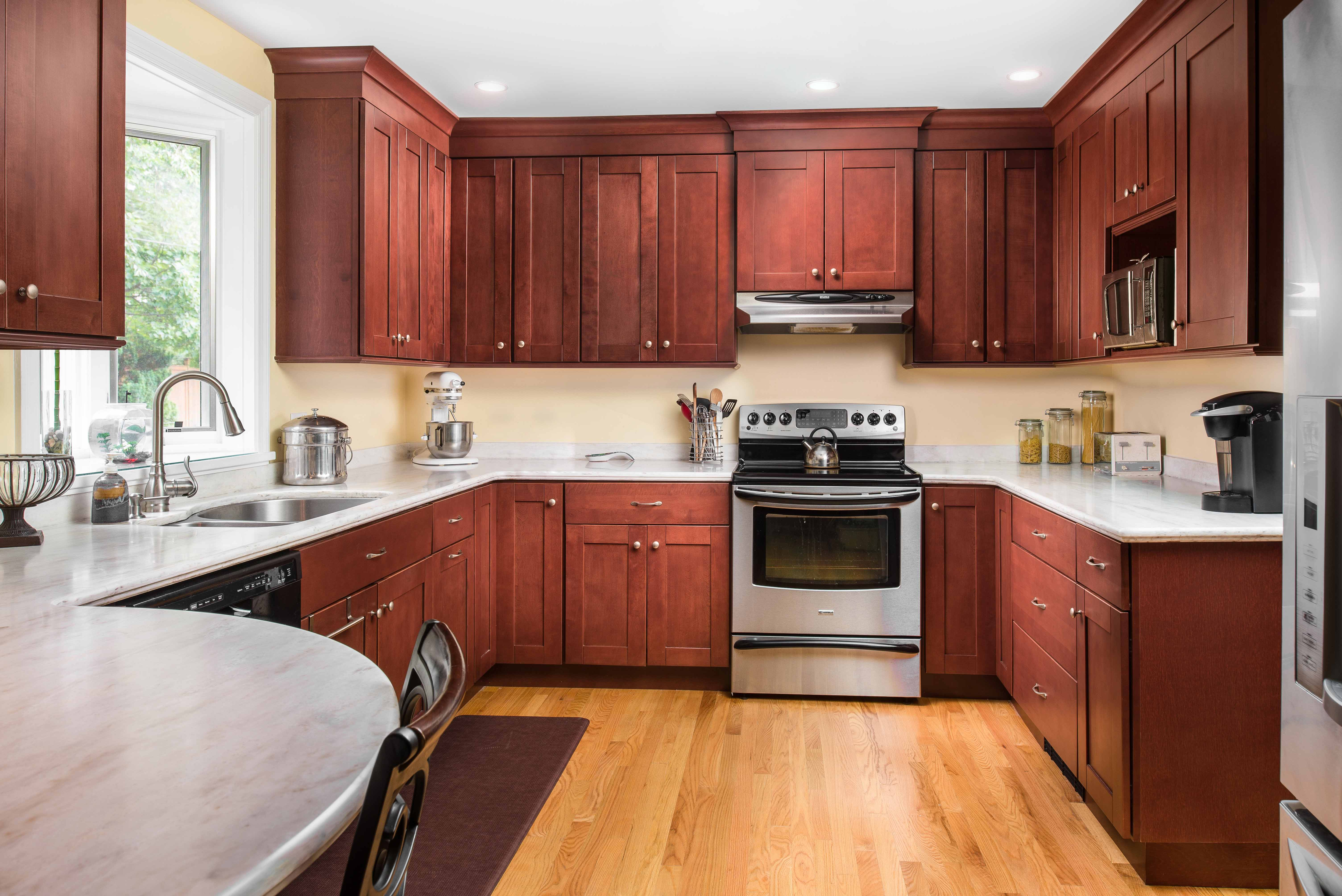 Why shaker style kitchen cabinets never go out of style