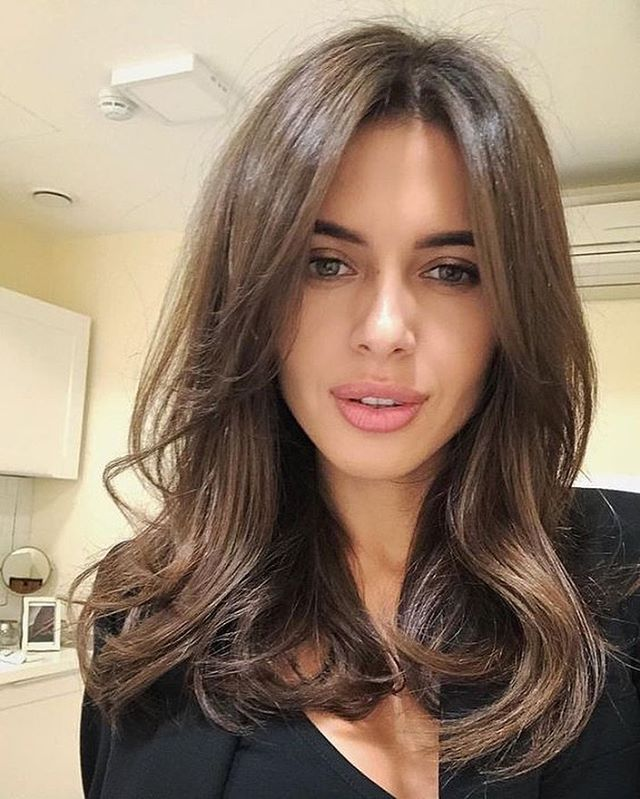 Best gorgeous hair colors to inspire your new look, brown hair color, brown hair color ideas, shades of brown hair color, brown hair color with highlights, chocolate brown hair color, light brown hair color, dark brown hair color , medium brown hair color, light chocolate brown hair color #haircolors