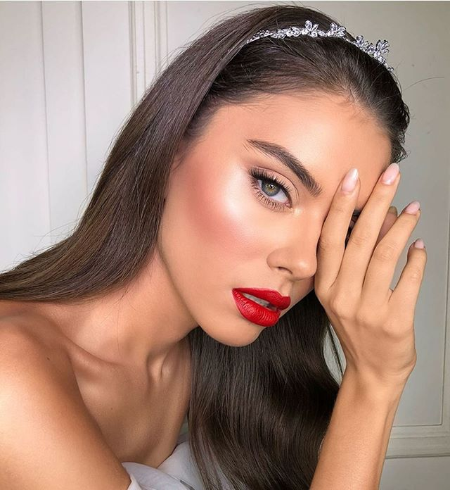 Stunning makeup looks for any occasion, wedding makeup, party makeup, makeup looks, natural makeup looks #makeuplooks wedding makeup looks